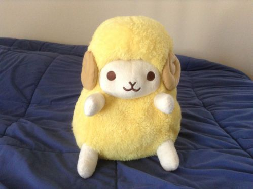 Amigurumi Alpacasso : Amuse wooly yellow sheep plush alpacasso arpakasso stuff i want
