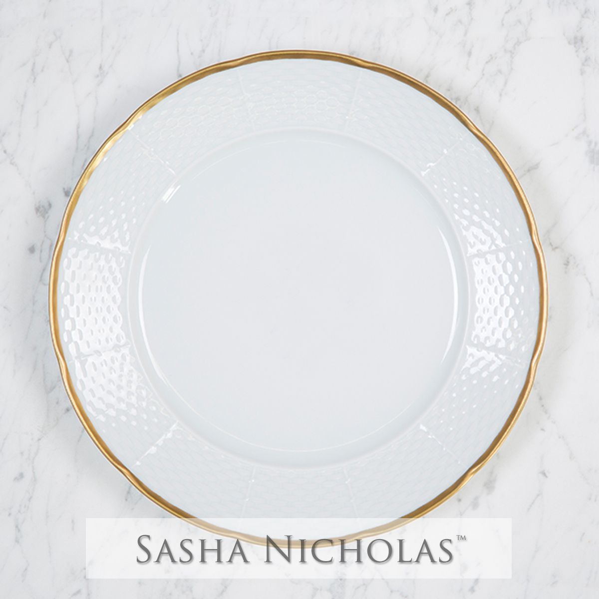 Weave Simply White 24k Gold Dinner Plate