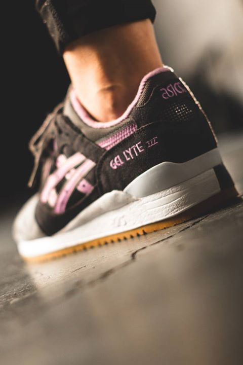 asics full bloom gel lyte 3 sneaker