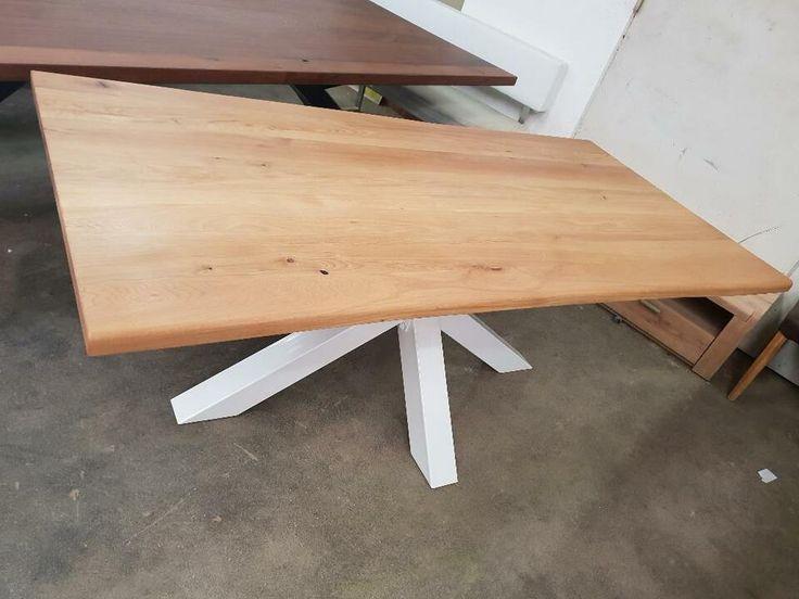 Baumtisch Esstisch Eiche massiv 220×100,Gestell Spinne