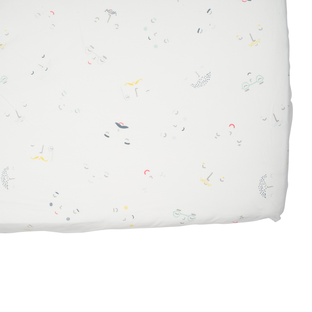 Sweet Dreams Come Easy On Our Ultra Soft Peek A Boo Crib Sheet All Our Crib Sheets Are Carefully Crafted With 100 Cotton F Crib Sheets Cribs Baby Crib Sheets