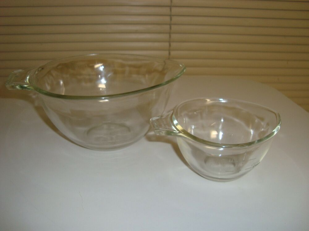 2 Vintage Pyrex Clear Glass Teardrop Measuring Cups Bowls 1 Cup And 3 4 Cup Afflink Contains Affiliate Links When You Click On Lin Pyrex Vintage Bowl Pyrex
