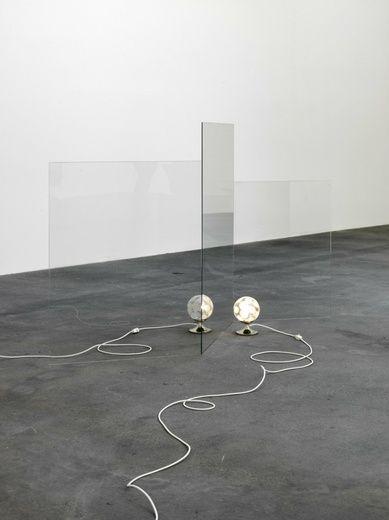 Teleportation (Nachttischlampe), 2010