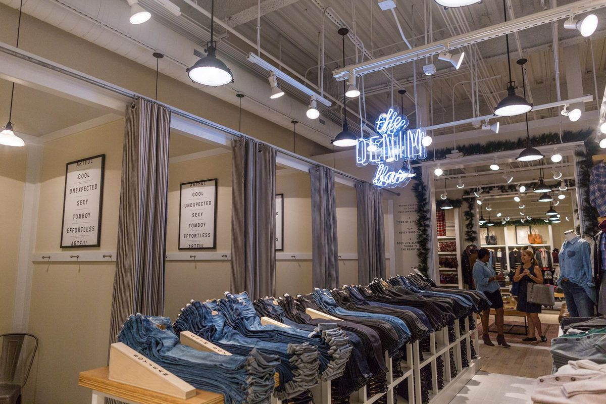 Racked exclusive your first look inside madewell at merrick park retail at its best store for Home design store merrick park
