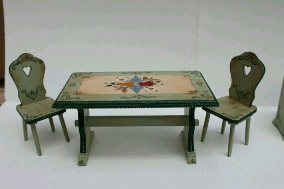 1:12 Scale Handpainted Kitchen Table and Two Chairs Antique Style