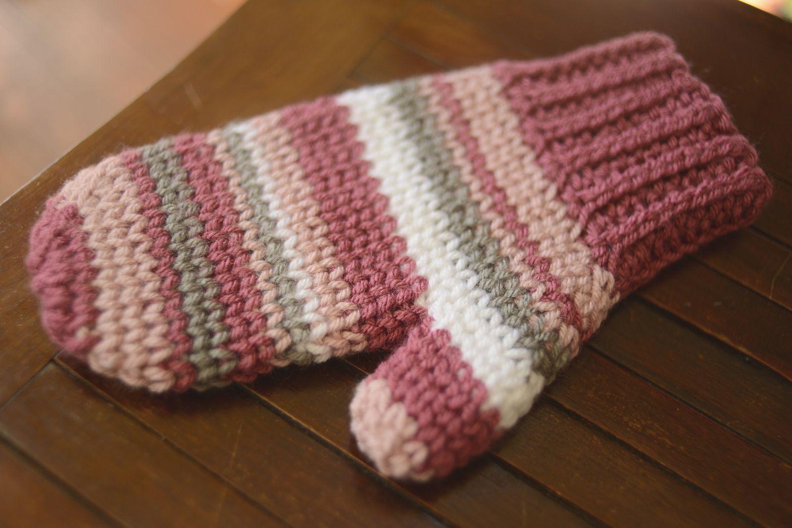 Ravelry: Photography Mitten by Carmen Jacob | Knitting | Pinterest ...
