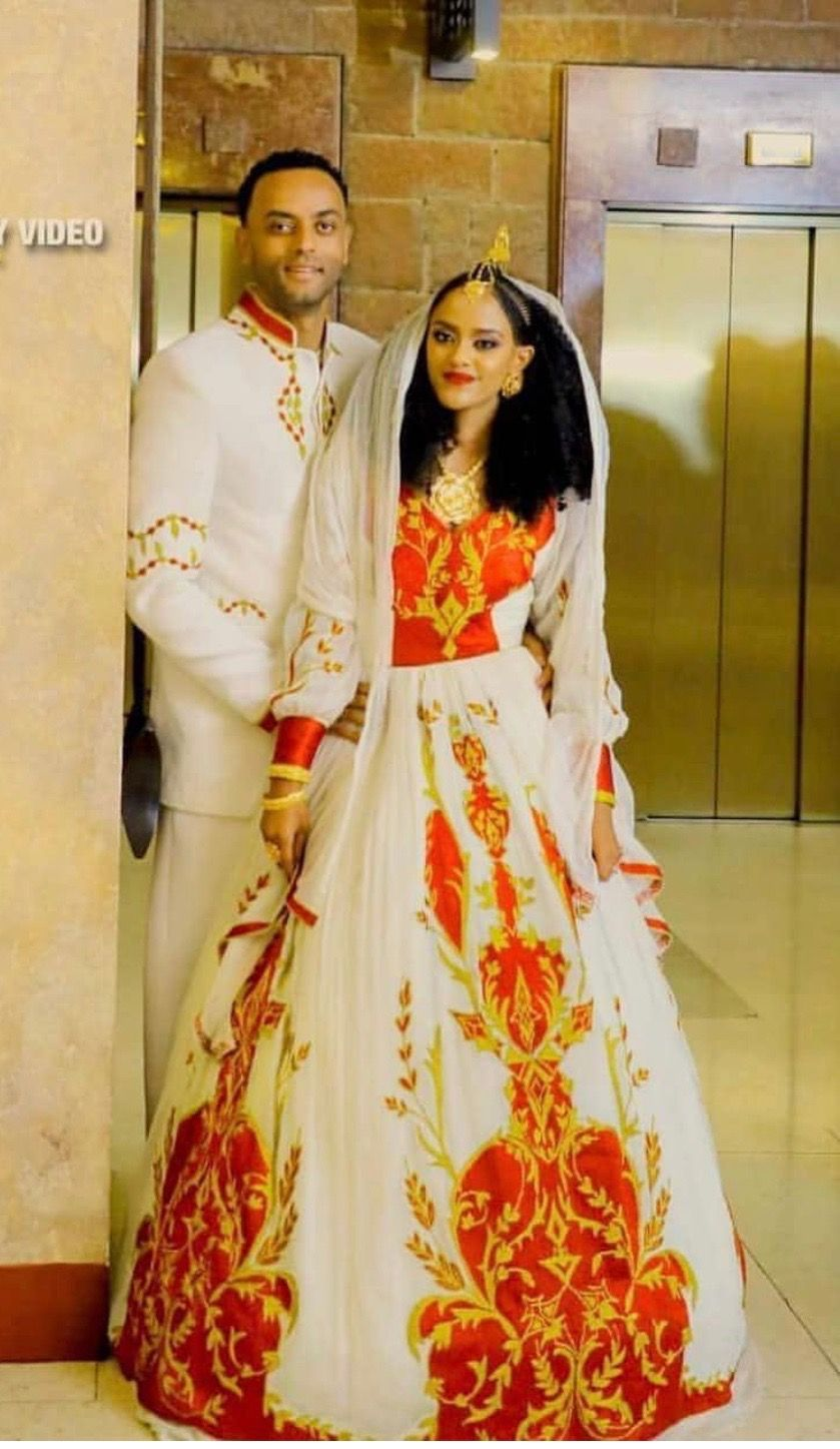 Pin By Mimi On Ethiopian Traditional Dress Ethiopian Traditional Dress Ethiopian Wedding Dress Ethiopian Clothing
