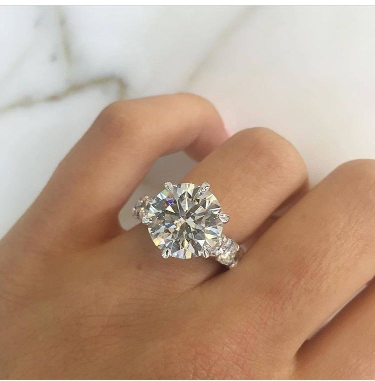6 To 8 Carat Diamond Engagement Ring With Images Wedding Ring