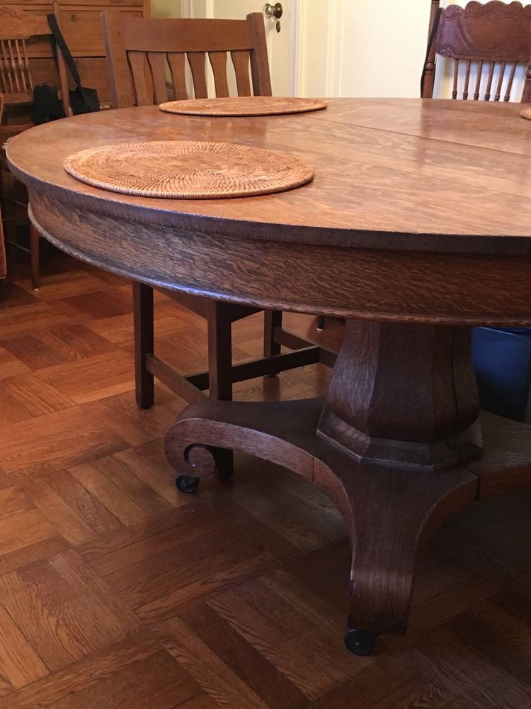 Antique Oak Round Dining Pedestal Table