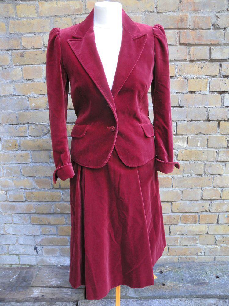 1970s Jaeger Velvet Suit stunning Velvet suit, Suits