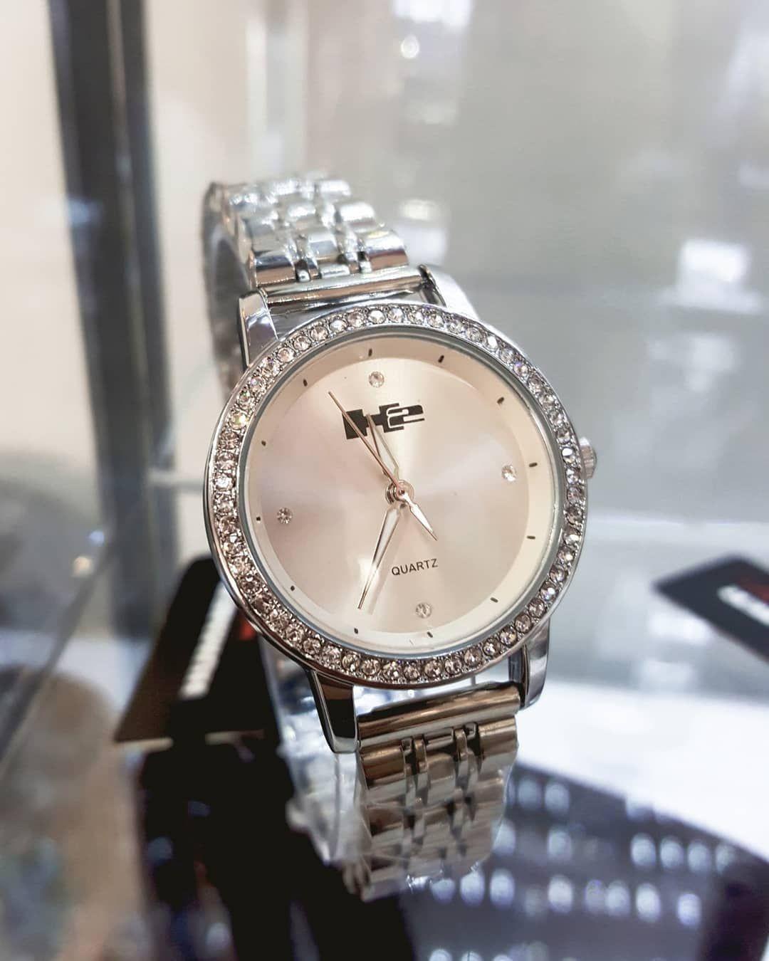 No puedes olvidar un reloj como un excelente accesorio 💕 DISPONIBLES EN @druzyfashion  Visítanos. Te...