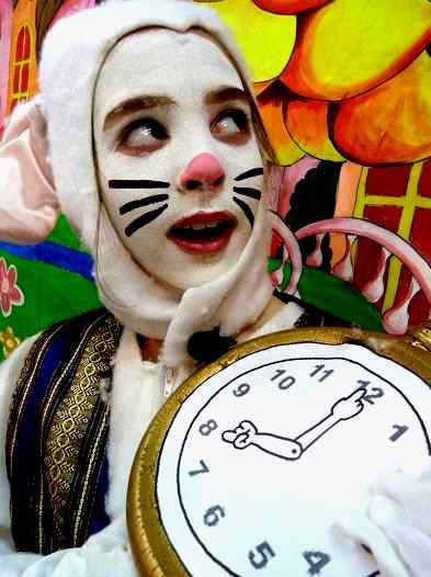 Alice In Wonderland A Fun Easy Script For Kids To Perform Easy