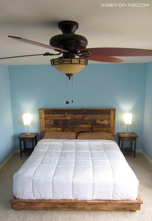 Ventilador de teto. Poderia ter um mosquiteiro destacavel encima da cama