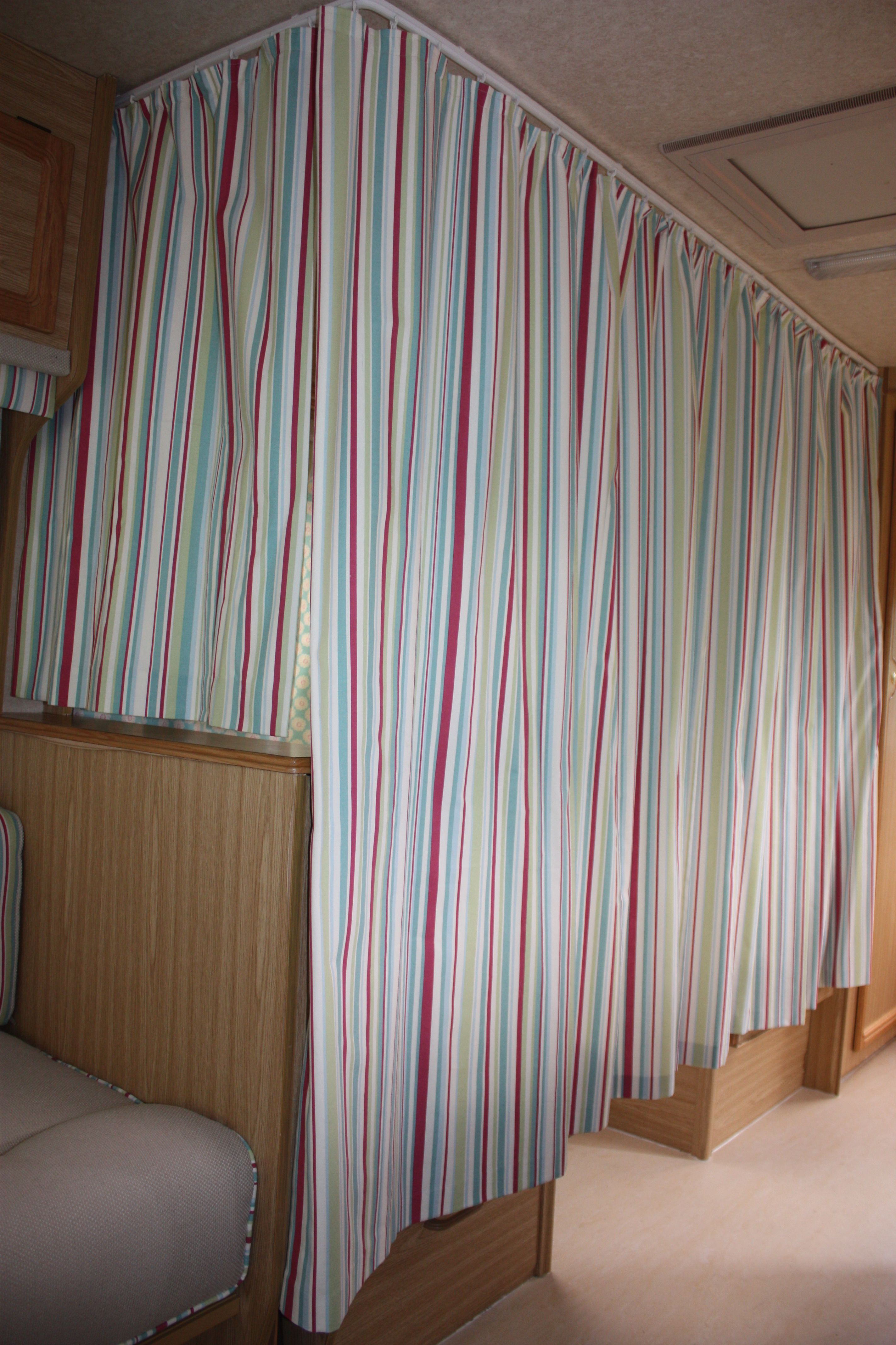 4 window curtain ideas  caravan bunk beds surrounded by curtains  temporary living ideas