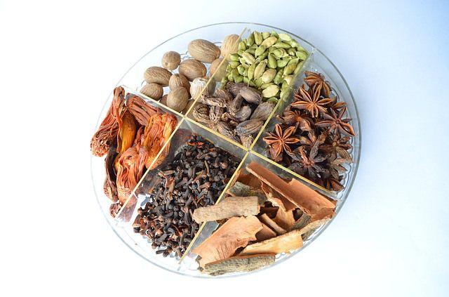 A seguir, você conhecerá 7 tipos de temperos naturais que, além de concederem uma ótima concentração de nutrientes imprescindíveis ao organismo como fibras.