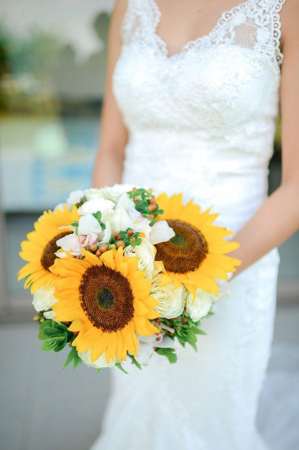 Sunflower Bouquet | Photo: Jaja Samaniego
