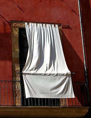 Una Cortina Por Fuera Para El Sol Wohnen Balkon Ideen Balkon