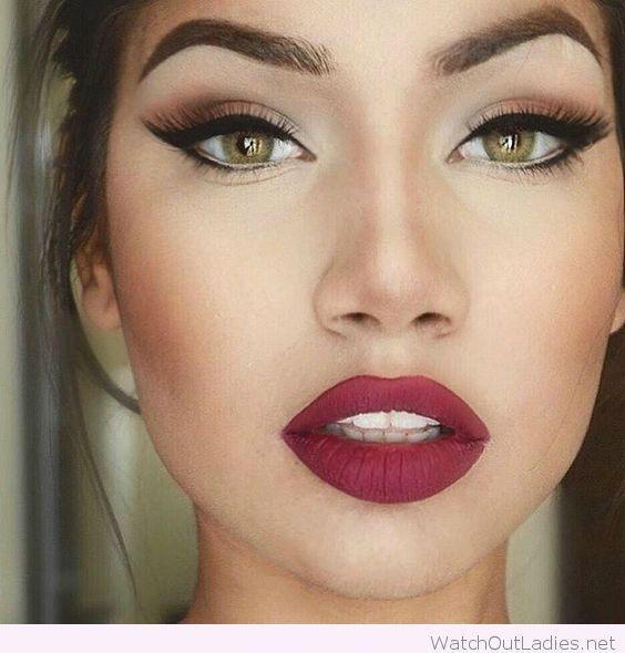 Green eyes, big red lips and updo   watchoutladies.net in 2018 ...