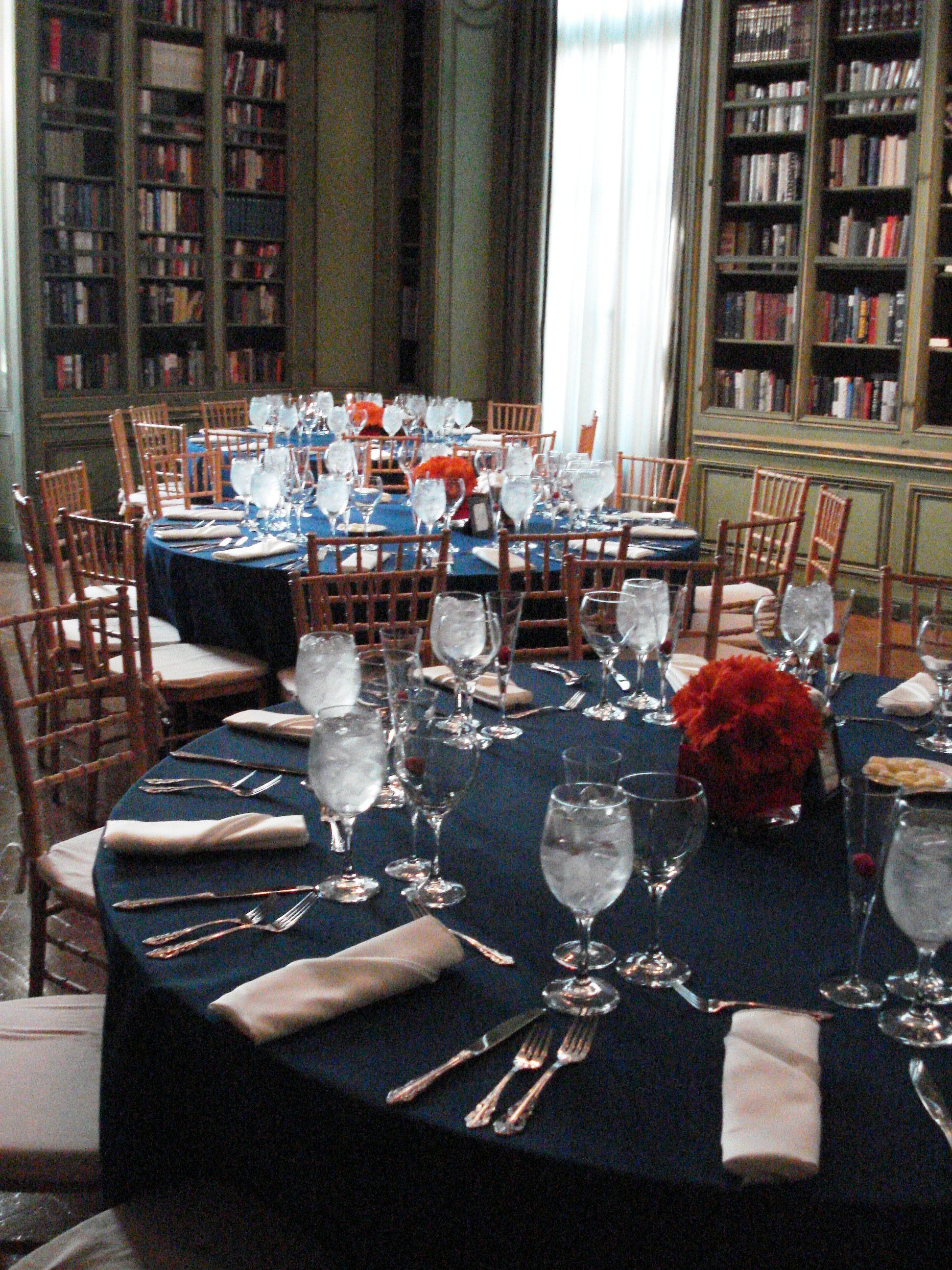 tablecloths for wedding Meridian House wedding Navy blue and orange Event Coordination Event Accomplished