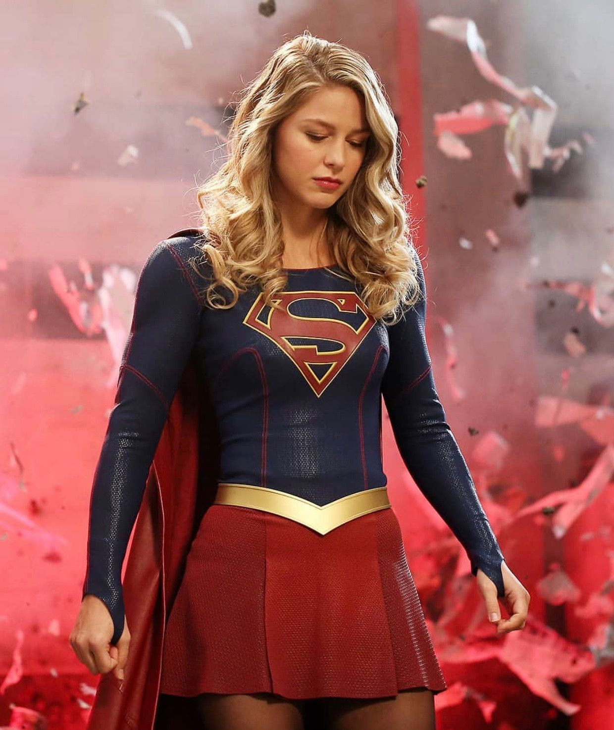 Pin By Maraphalla Chan On Melissa Benoist The Super Cute Supergirl Supergirl Season Melissa Supergirl Supergirl