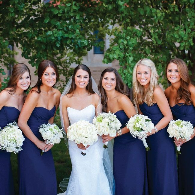 Navy Jim Hjelm Bridesmaid Dresses With White Bouquets