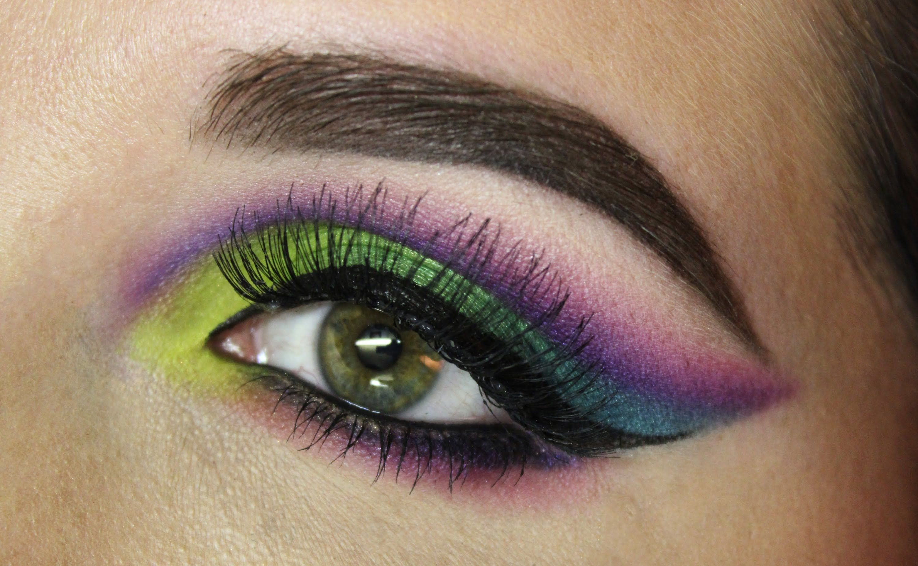 Colorful Cut Crease ft. Urban Decay Electric Palette