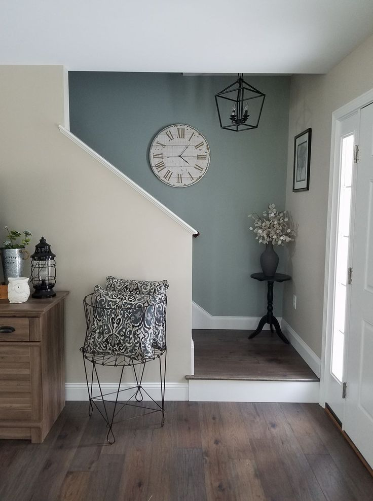 I Could Totally Cut My Wall To The Stairway Look Like This Love Blue Accent In