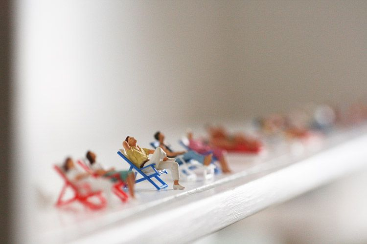 Lisa Swerling - 'Sunseekers' There's somethin' 'bout tiny things.