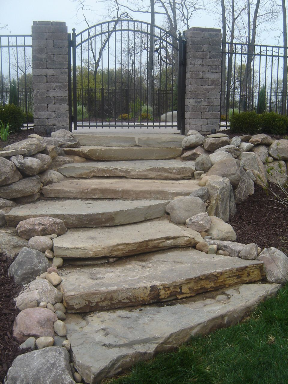 Best Limestone Steps Leading To Pool Entrance Outdoor Stairs 640 x 480