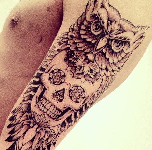 Mod le de tatouage cr ne mexicain avec un hibou tatouage cr ne mexicain pinterest belle - Tatouage crane mexicain ...