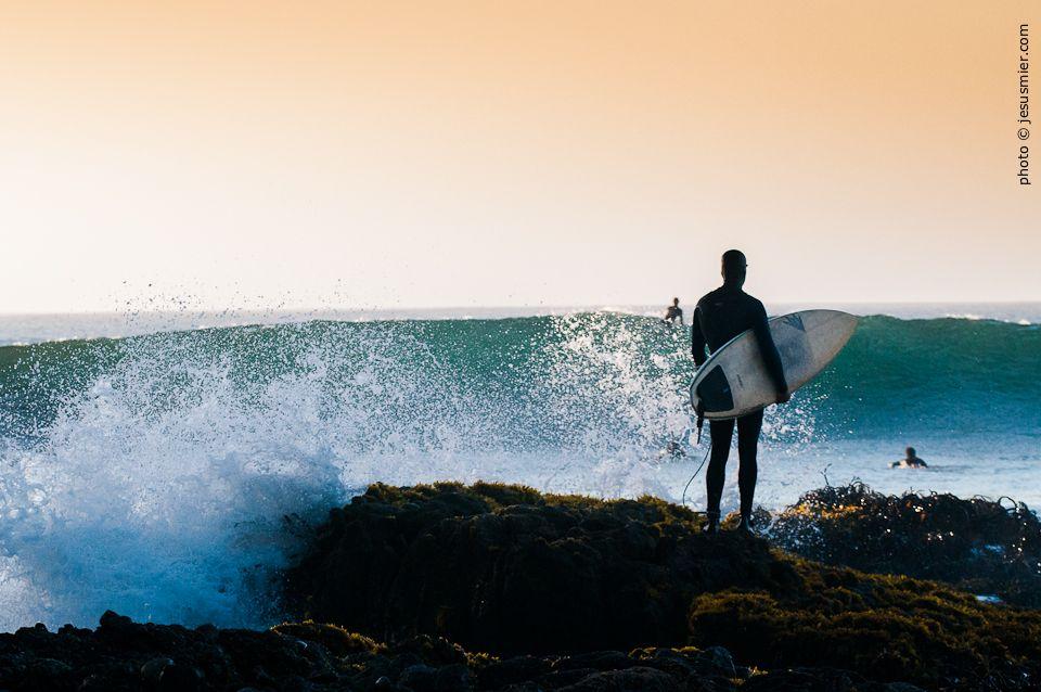 La última decisión antes de la sesión. #surf #surfing #chile