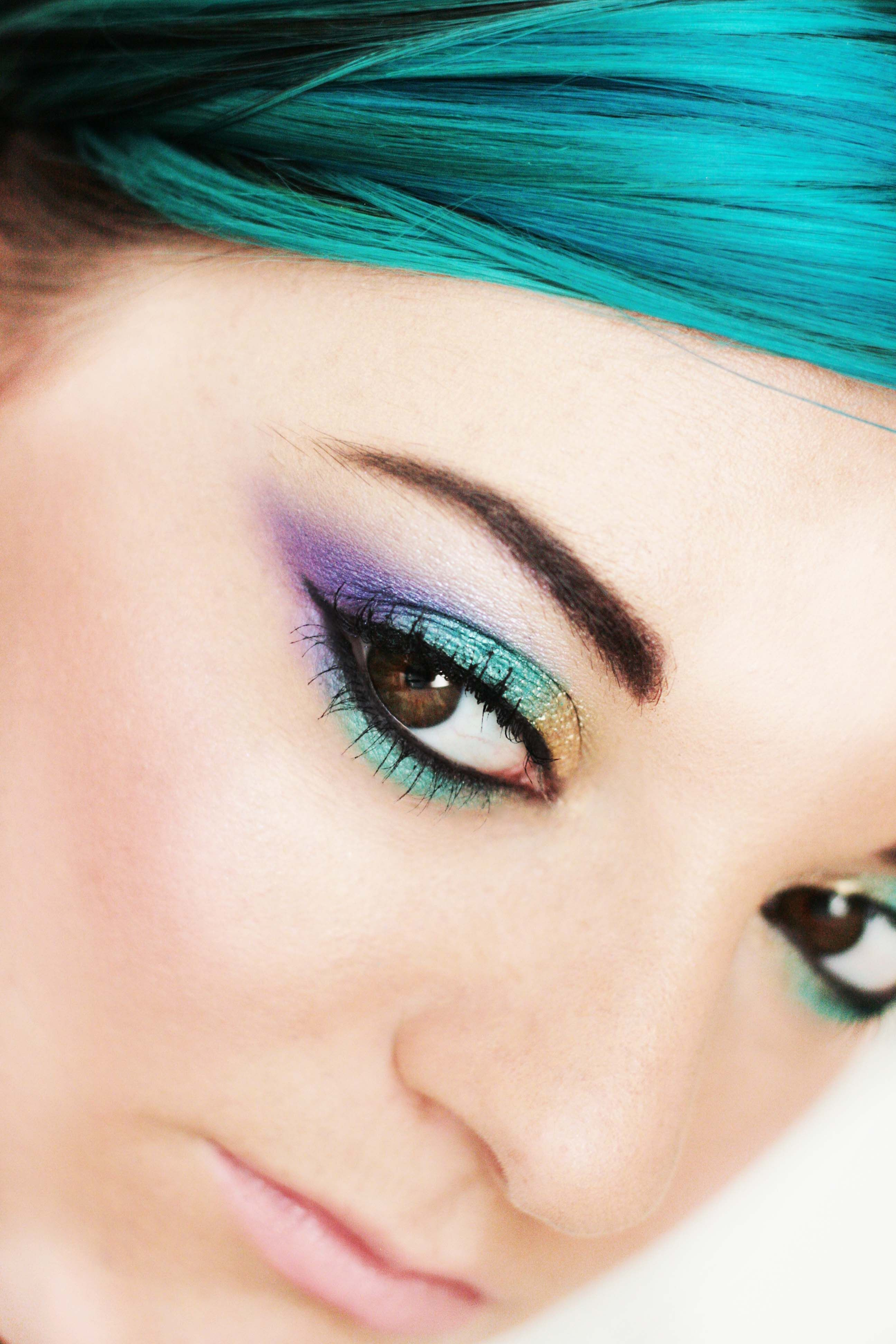 Peacock Eyes, Gold, Turquoise and Purple Eye makeup
