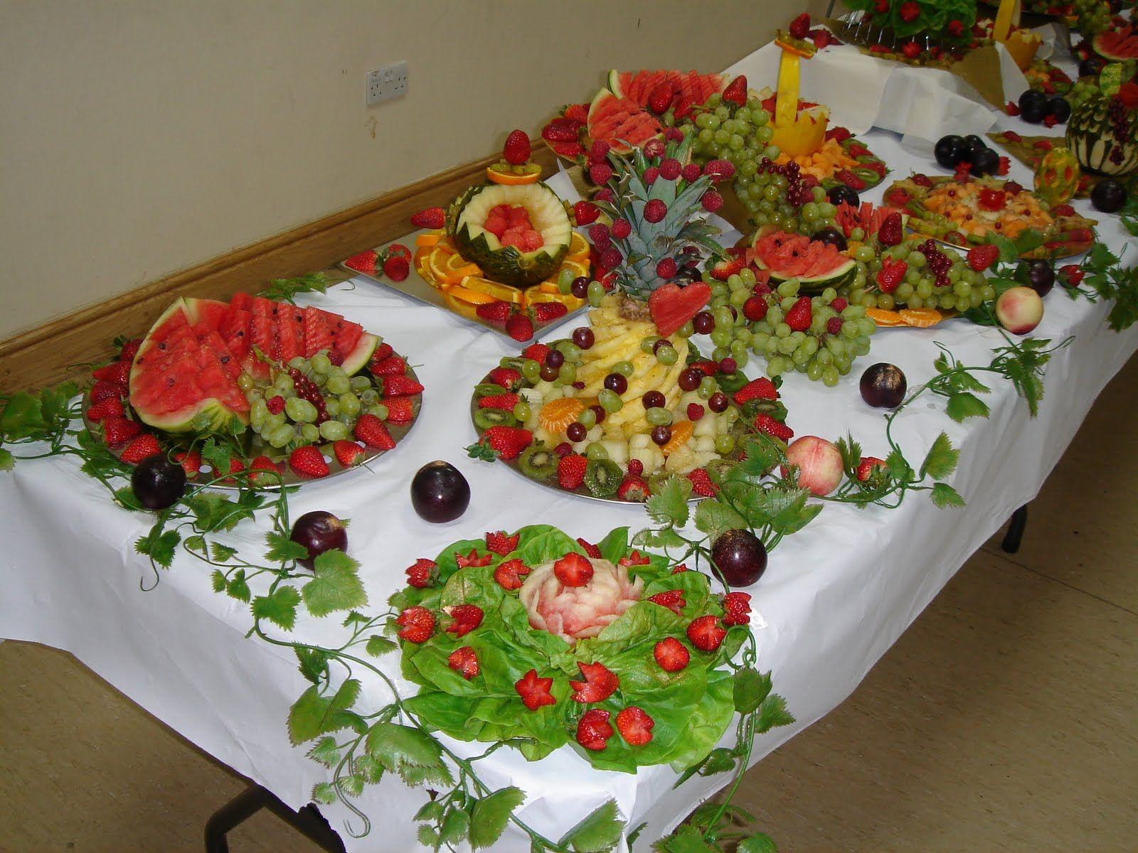 Mehndi Fruit Decoration : Beautifull and latest mehndi design dresses for gilrs