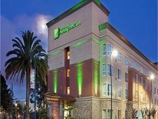 Holiday Inn Hotel Founder Kemmons Wilson From Osceola Arkansas