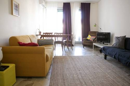Lovelyloft Navigli - Oleandro Milano Lovelyloft Navigli - Oleandro is a self-catering accommodation located in Milan. The property is set in the neighbourhood of Navigli and 1.9 km from Porta Romana.  Accommodation will provide you with air conditioning, a balcony and a seating area.
