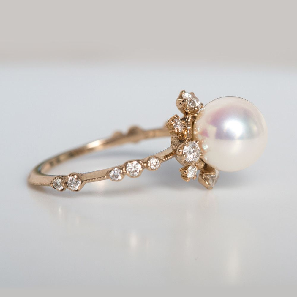 We love all things tiny, shiny and gold. | pretty things ...