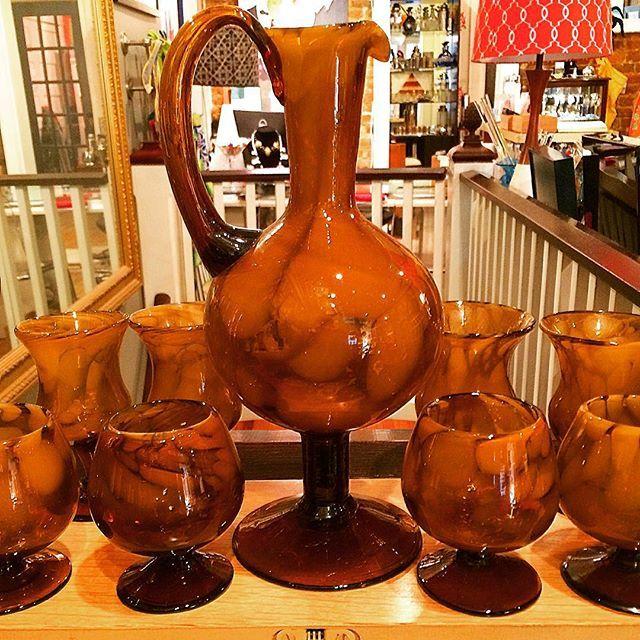 So many gorgeous glass sets for fabulous fall entertaining here @thehourshop ! #allthingsautumn #vintageglassware #vintagebarware #artglass #snifters #goblets #glasspitcher #thehourshop #allthingscocktail #alexandriava #oldtownalexandria  #fallhomedecor #homebar #vintagehomedecor