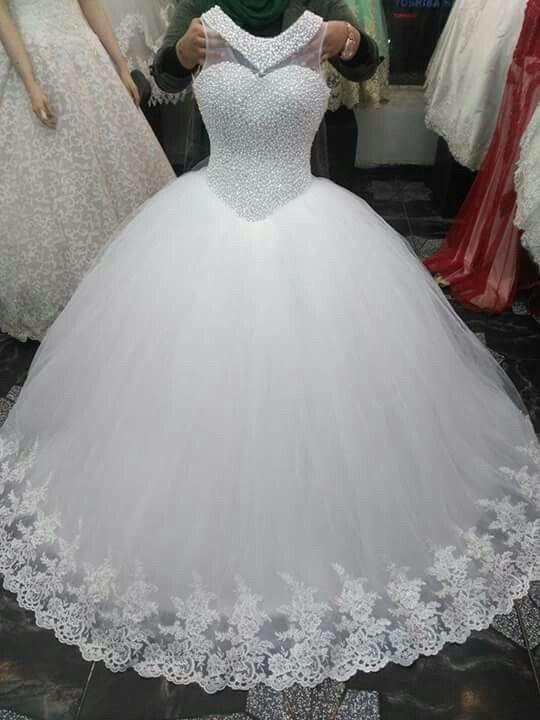Une jolie petite robe pour Une jolie marié