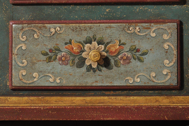 Armadio di lusso decorato a mano in stile 39 700 barocco for Arredamento stile tirolese