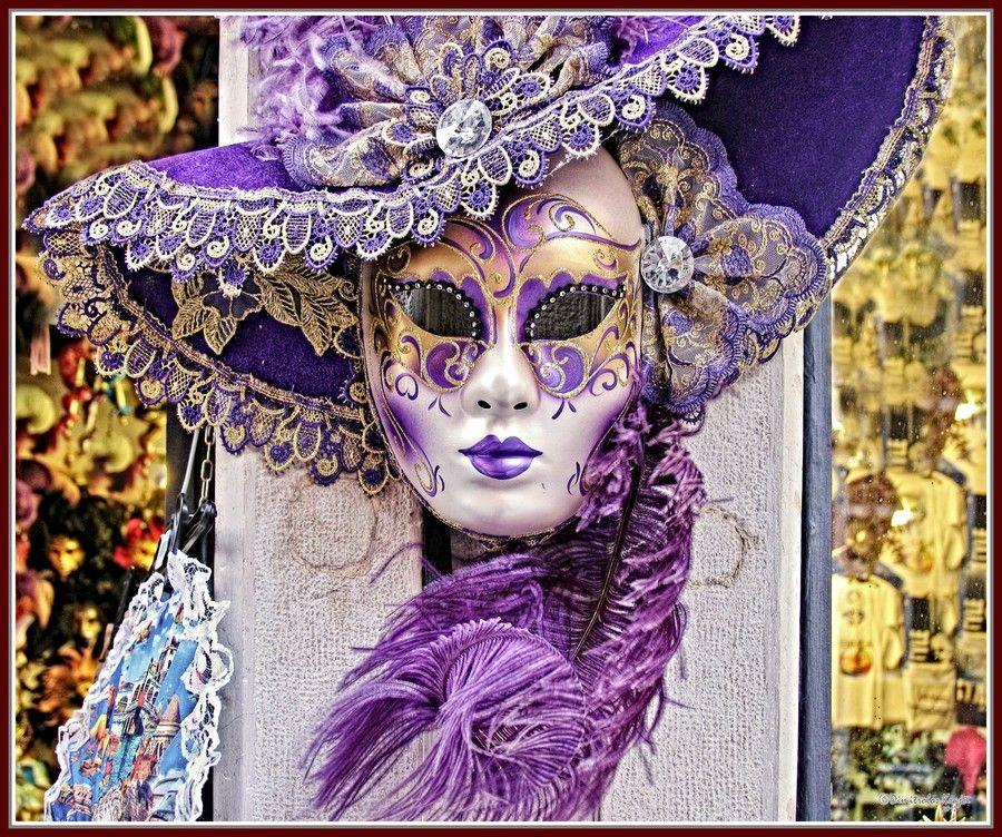 Venetian mask in purple by Dimitrolos Krajci on 500px