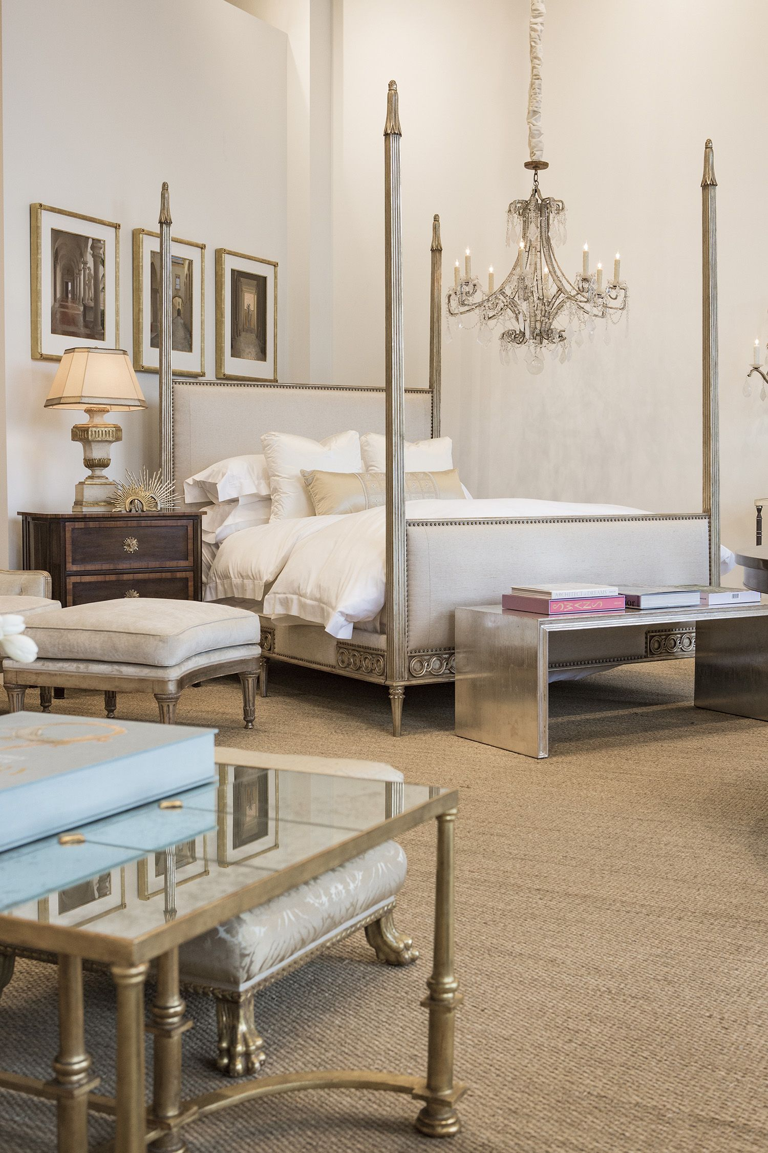 Exquisite Handcrafted Home Furnishings Visit Ebanista S New Los Angeles Showroom At Melrose And San Vicente