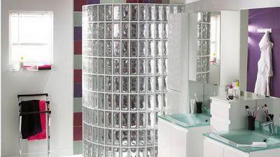 esthtique et lumineuse la brique de verre revient en force dans la salle de bains y penser lorsquil sagit de crer une sparation ou de jouer sur les - Carreaux De Verre Pour Salle De Bain