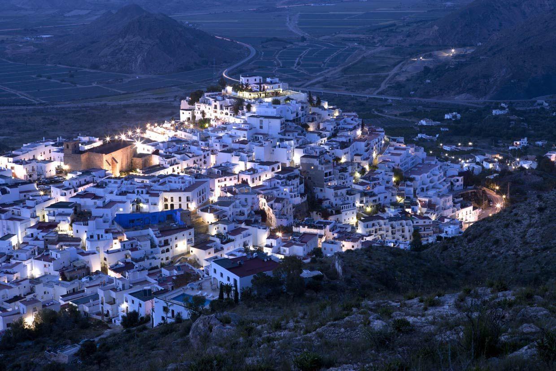 Los pueblos m s bonitos de andaluc a lugares - Casas gratis en pueblos de espana ...