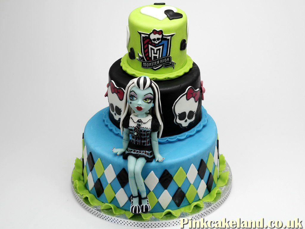 Frankie Stein Monster High Birthday Cake Londonst Monster High