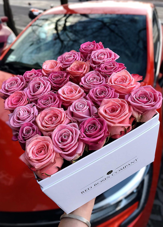 Kwiaty W Pudelku Roze W Pudelku Flower Box Flower Boxes Flower Making Beautiful Red Roses