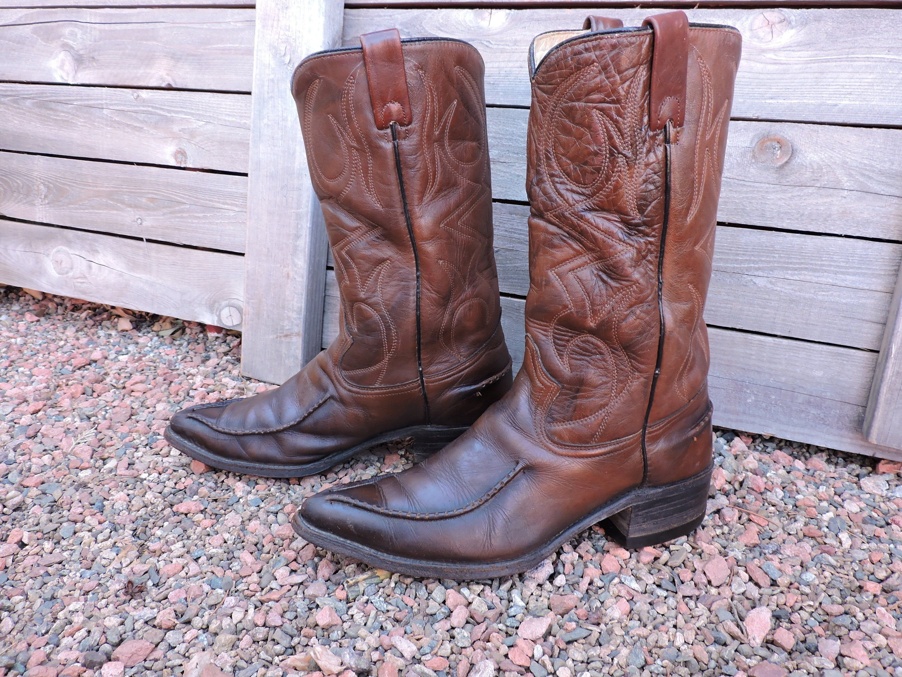 273fc8cbb1b Vintage 60s Cowboy boots mens 9 EE / Texas Imperial Boots USA Free ...