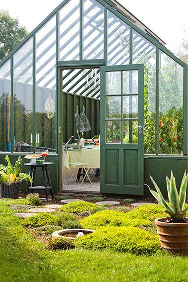 Grönt växthus med egna val, Sweden green house.