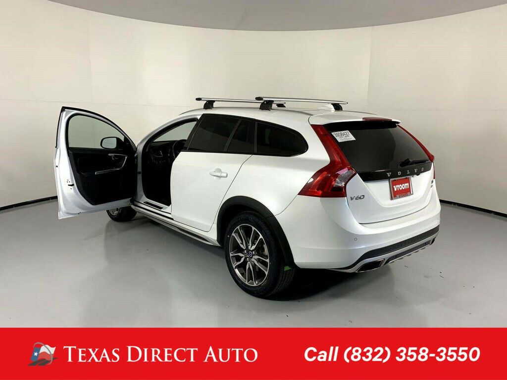Used 2015 Volvo V60 Cross Country T5 Texas Direct Auto 2015 T5 Used Turbo 2 5l I5 20v Automatic Awd Wagon 2020 In 2020 Volvo V60 Volvo Awd