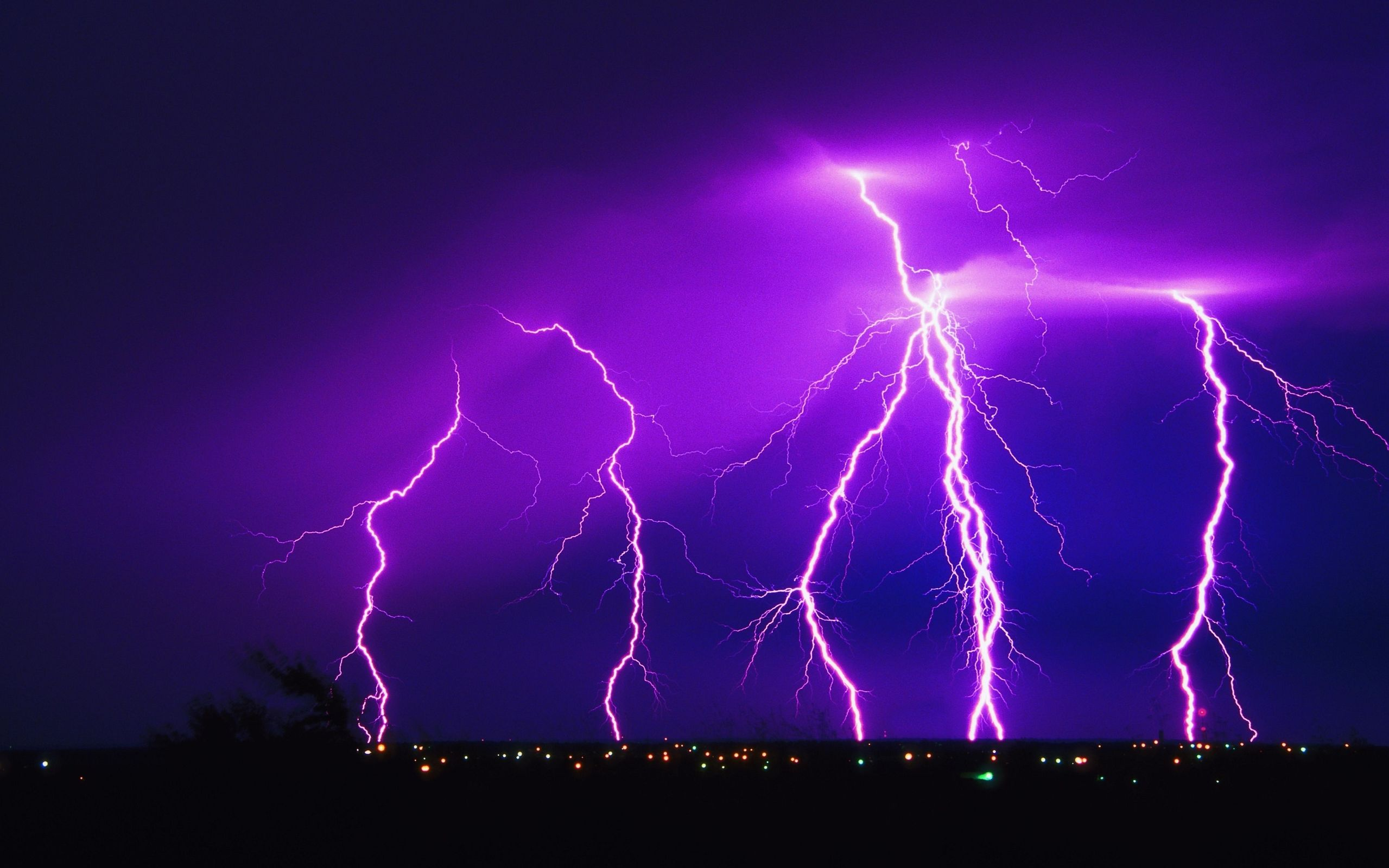 Download lightning strike hd wallpapers and HQ Pictures - megahdwall.com