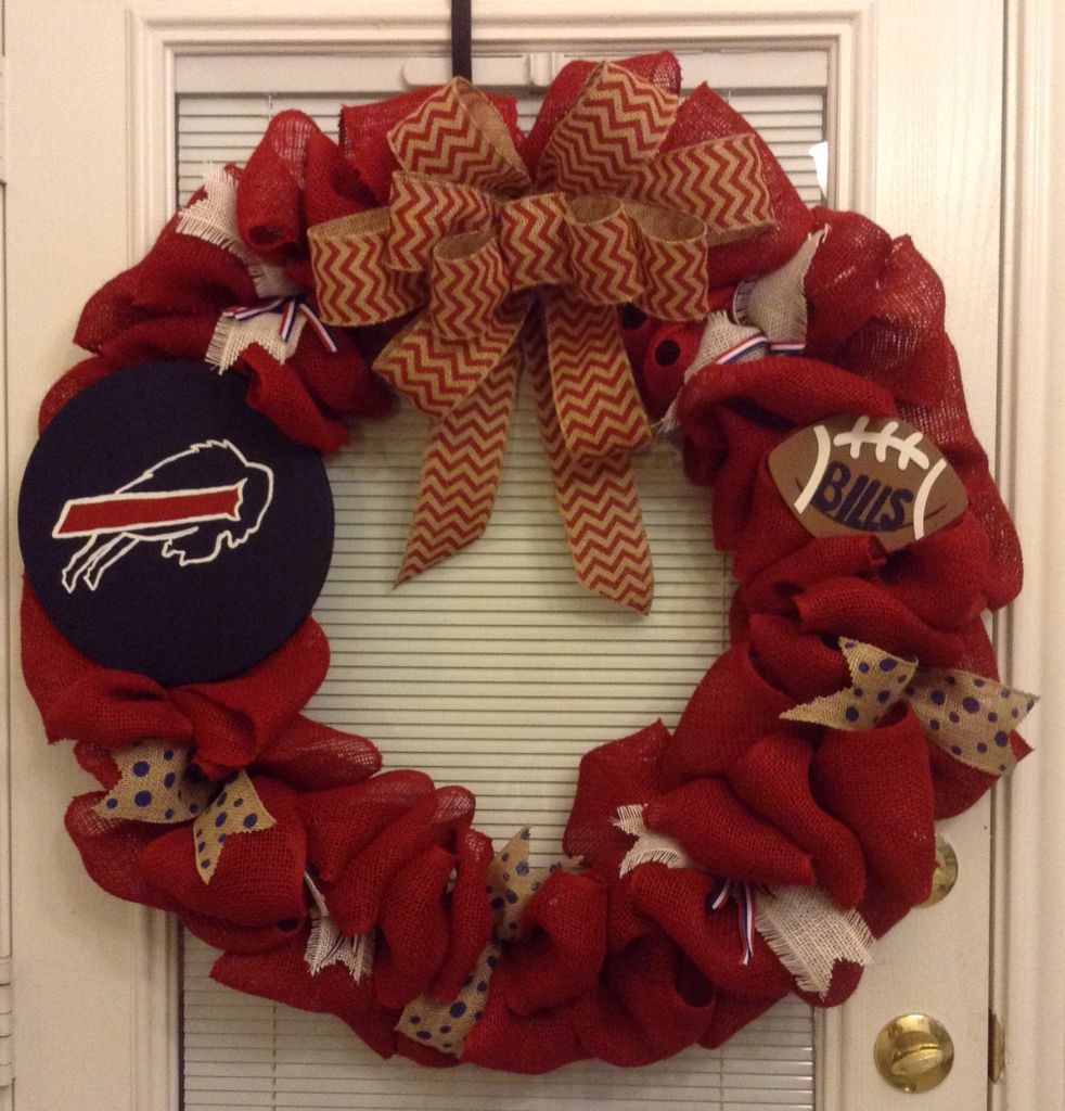 b4699f99 Hand crafted Buffalo Bills wreath with hand painted sing!! Perfect ...